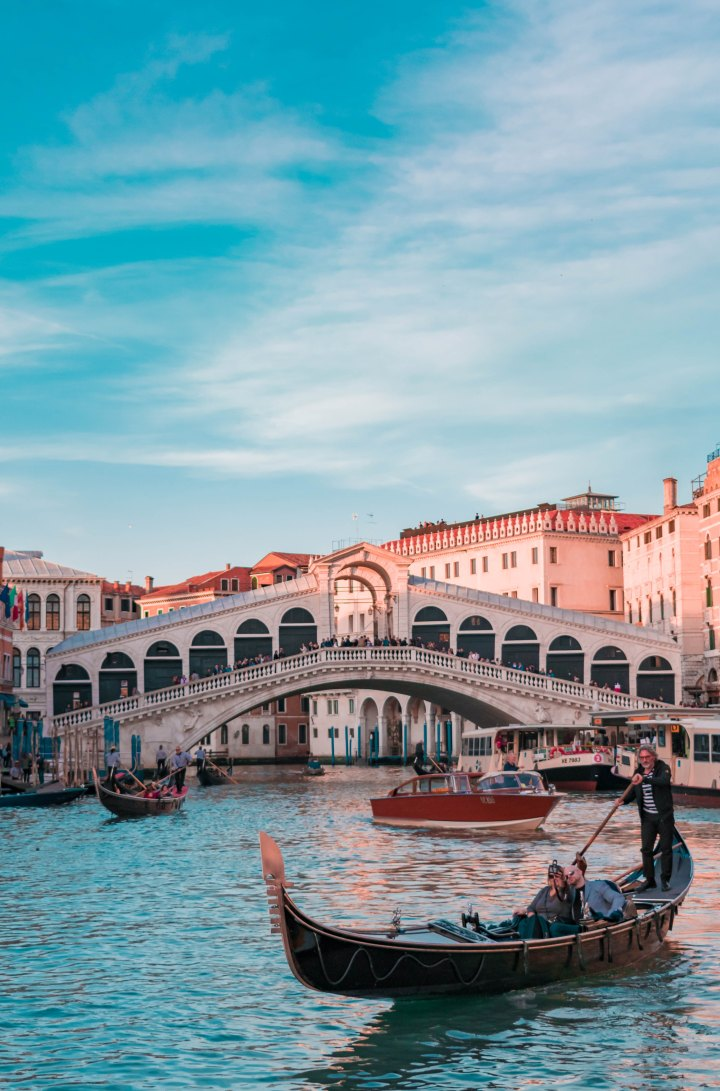 Sink Or Swim: Venice's [Budget Friendly] Travel Guide